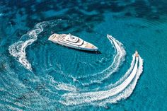 Grace E' is the Motor Yacht of the Year 2015 ! – GeorgiaPapadon