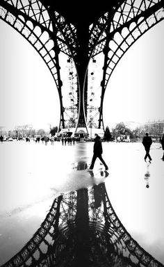 Eiffel Tower. Paris. France. B&W Photography. Black and White. Reflect. Rain. Rainy day.