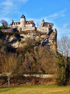 Steep climb with bicycles up the hill to see castle but worth the effort. Dordogne, Rocamadour France, Places Around The World, Around The Worlds, La Roque Gageac, La Salette, Ville France, Voyage Europe, World View