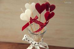 Manualidades para el Día de los enamorados - velas de corazón decorativas