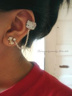 Hello Kitty ear cuff and earring chain link.