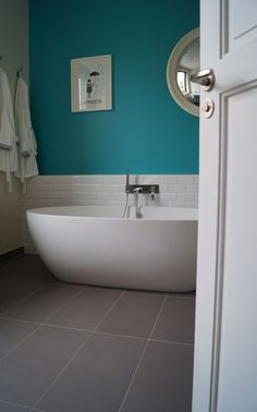 1000 images about salle de bain mme t on pinterest bathroom tile and blue green bathrooms. Black Bedroom Furniture Sets. Home Design Ideas