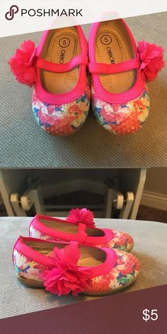f56e2584c28c37 Size 5 girls toddler shoes Cherokee brand from Target. Worn less than 5  times.