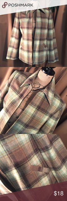🆕➡️plaid jacket by Evan Picone Very nice green and brown plaid jacket by Evan Picone has a zipper closure with two functional pockets on the front material content 41% wool 38% acrylic 18% polyester 3% other fibers. This jacket makes for a nice fall piece one well with a turtleneck boots jeans and you got a nice rocking outfit Evan Picone Jackets & Coats