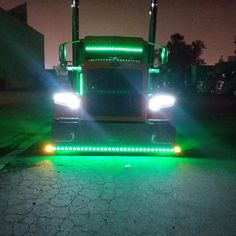 Big Rig Trucks, Semi Trucks, Custom Peterbilt, Peterbilt 379, Custom Big Rigs, Custom Trucks, Big Ride, Freightliner Trucks, Diesel Cars