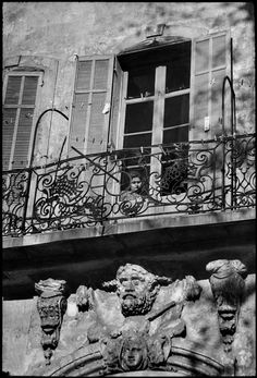 by Henri Cartier-Bresson, Place des Augustines square, Marseille, 1968 Walker Evans, Henri Matisse, Magnum Photos, Candid Photography, Street Photography, Henri Cartier Bresson Photos, Ernesto Che Guevara, Dream Pictures, Robert Capa