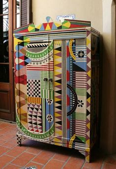 This hand painted armoire is the creation of Lucas Rise. Lucas was born in Buenos Aries, Argentina in He has been painting since childhood. Funky Painted Furniture, Painted Chairs, Colorful Furniture, Paint Furniture, Upcycled Furniture, Furniture Makeover, Cool Furniture, Furniture Ideas, Furniture Design