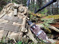 Gear gear gear. Tactical gear with a point of traditional. #tactical #tacticool #defcon5 #sog #sogtomahawk #busse #combat #bladearmour #modularequipment #leather #leathersheath #customsheath #knife #knifepic #knifeaddicted #gearaddicted #geardump #bushcraft #survival #hikinglikevikings