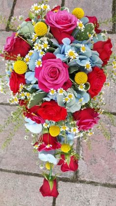 Stunning unusual 'Cath Kidston' inspired rose, hydrangea & matricaria teardrop bouquet ♡