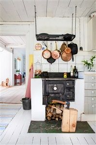 Donkey and the Carrot: Open Summer House Beautiful Kitchen Designs, Beautiful Homes, Swedish House, Küchen Design, Vintage Farmhouse, Kitchen Interior, Scandinavian Design, Cottage Style, Cool Kitchens