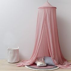 Vintage Canopy Pink Pom Pom