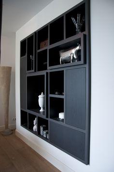 Op maat gemaakte woonkamerkast, zwart eiken.