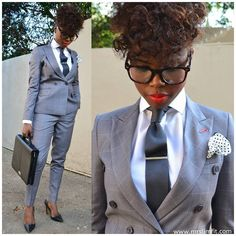 Dressed Formal For Work In Grey Pants Suit White Shirt And Tie. Women in menswear! Business Outfits, Business Attire, Office Fashion, Work Fashion, Chic Outfits, Fashion Outfits, Womens Fashion, Estilo Tomboy, Suits For Women