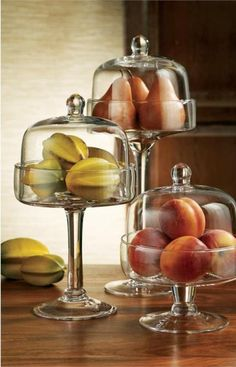 Classic Hostess's extensive collection of stylish glass beverage dispensers, beautiful cake stands and unique storage kitchen canisters, are great for weddings, parties & your home. Cake Stand With Cover, Cake Dome, Buy Cake, Dessert Stand, Cupcake Stands, Apothecary Jars, Cake Plates, Serving Dishes, Decoration