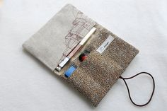 Tabakbeutel - TabakTasche, Tabakbeutel XL - ein Designerstück von byLotte bei DaWanda Leather Projects, Meraki, Casket, Diy Clothes, Holi, Upcycle, Pouch, Lettering, Etsy