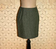 Short Pencil Skirt Petite Small Size 4 Skirt Gray by MagpieandOtis