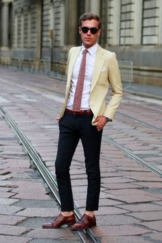 "Great look except for the ""no socks"". Why are men doing this."