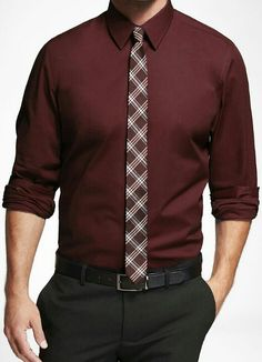 My favorite color in fall. Formal Attire For Men, Business Attire For Men, Formal Dresses For Men, Business Casual Outfits, Formal Shirts, Maroon Shirt Outfit, Maroon Shirts, Stylish Mens Fashion, Latest Mens Fashion