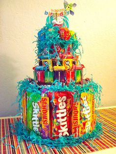 Diy Gifts For Brother Birthday Candy Bars Trendy Ideas Candy Birthday Cakes, Candy Cakes, Candy Bouquet Birthday, Candy Bouquet Diy, Diy Bouquet, Candy Boquets, Cookie Bouquet, Candy Arrangements, Cake Tower