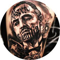 they had a tattoo on the back of hand. Gangster Tattoos, Dope Tattoos, Leg Tattoos, Body Art Tattoos, Tattoos For Guys, Chicano Tattoos Gangsters, Portrait Tattoos, Mob Tattoo, Tattoo Mafia