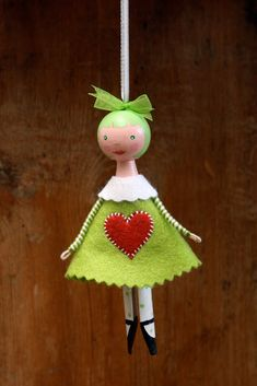 Clothespin Doll... inspiration to create one Salt and Pepper: December 2009