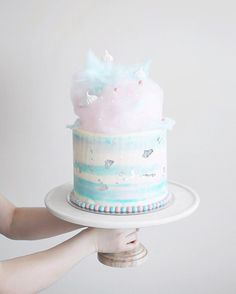"Fluffë • Nathan on Instagram: ""I couldn't have spent the first day of the weekend any better, than with @bakedowncakery making this super cool fairy floss cake!! ✨ Also is anyone heading down to @flour_market tomorrow to eat their feelings with me? """