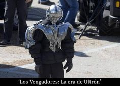 "Mopey-looking Ultron (?) on the set of ""Avengers: The Age of Ultron"" in Italy. British America, Superhero Cosplay, Best Superhero, Hulk Smash, Avengers Age, Age Of Ultron, The Fault In Our Stars, Funny Movies, Hawkeye"