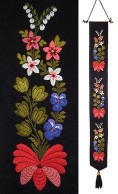 Övrigt | floda-hemslojd Xenia, Swedish Embroidery, Textiles, Floral Tie, Folk Art, Print Design, Appreciation, Birch, Creative