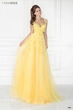De la nota: Vestidos de Fiesta Tarik Ediz: ¡El amarillo es la clave!  Leer mas: http://www.hispabodas.com/notas/2824-vestidos-de-fiesta-tarik-ediz-el-amarillo-es-la-clave-