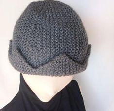 GypsyStarCreations shared a new photo on Etsy Jughead Jones Hat, Jughead Crown, Knit Or Crochet, Crochet Hats, Knitting Patterns, Crochet Patterns, Knit Beanie, Knitted Hats, Winter Hats