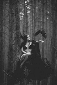 Dark Side, Dark Fantasy, Fantasy Art, Dark Romance, Art Magique, Fantasy Photography, Fashion Photography, Maquillage Halloween, Beltane