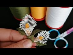 Try the gala flower like this one‼ ️Gelow-sized needle lace gala flower production stages video 1 - Flores Embroidery Stitches Tutorial, Tatting Patterns, Hand Embroidery, Crochet Motif, Crochet Designs, Crochet Flowers, Needle Tatting, Needle Lace, Baby Knitting Patterns