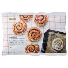 KAFFEREP Konfekt Punschrolle - IKEA Deutschland Marzipan, Swedish Style, Small Cake, Kakao, Cookie Desserts, Freshly Baked, Coffee Break, Tray Bakes, Cinnamon