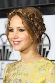 Jennifer Lawrence Hairstyles - How To Get Jennifer Lawrence Hair - Elle