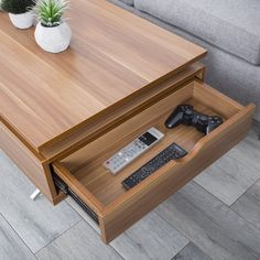 wood Sump Pump Installation What a Sump Pump does: A sump pump is used to dewater basements and craw Lift Up Coffee Table, Diy Coffee Table, Coffee Table With Storage, Coffee Table Design, Table Decor Living Room, Living Room Colors, Living Room Modern, Furniture Styles, Cool Furniture