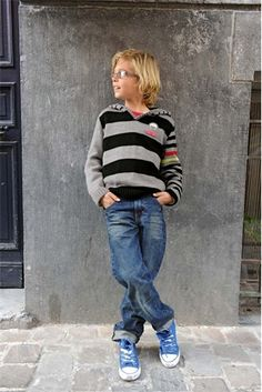 Bergere de France BER 154-31 Single pattern BER 194-54 'Hooded Sweater Knitting Pattern' Find at intoknit co uk