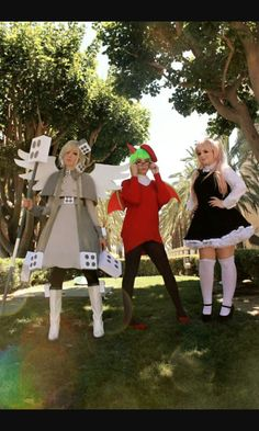 Froze, Yosafire and Rawberry cosplay | The Gray Garden