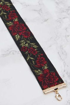 Rose Embroidery Choker
