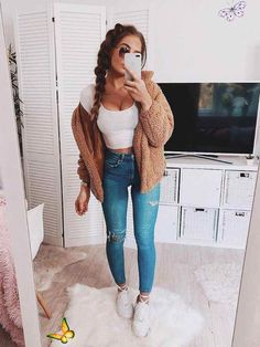 Dual Pocket Faux Fur Teddy Jacket winter clothes tips #WinterClothesTips<br> Casual Outfits For Girls, Cute Fall Outfits, Stylish Outfits, Spring Outfits, Fashion Outfits, Lazy Outfits, Casual Clothes, Women's Casual, Casual Winter