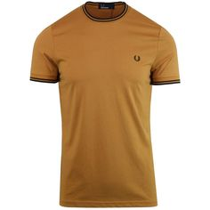 - Fred Perry twin tipped crew neck t-shirt in caramel. Twin Tips, Look Thinner, Moda Casual, Fred Perry, Neck T Shirt, Mens Fashion, Fashion Tips, Caramel, Twins