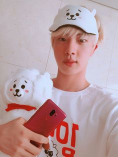Find images and videos about kpop, bts and jungkook on We Heart It - the app to get lost in what you love. Seokjin, Namjoon, Taehyung, Hoseok, Bts Jin, Suga Rap, Bts Bangtan Boy, Jimin Jungkook, Foto Bts