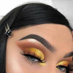 Glam Makeup, Skin Makeup, Eyeshadow Makeup, Makeup Brushes, Eyeshadows, Makeup Eyebrows, Makeup Trends, Makeup Inspo, Makeup Goals