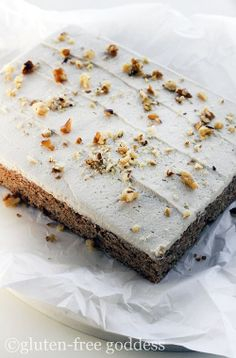 Frosted carrot cake bars - gluten-free