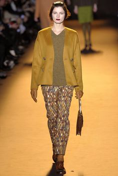 Rochas | Fall 2012 Ready-to-Wear Collection | Vogue Runway