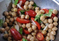 Una proposta semplicissima e veloce per preparare un saporito piatto di legumi…