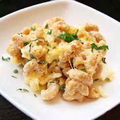Macaroni and Cauliflower Cheese Bake