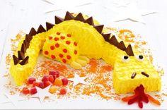 This dragon birthday cake is so cute!