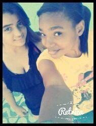 eu e minha irma na igreja
