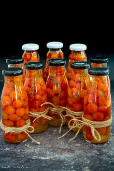 rosii cherry in saramura pentru iarna Fermented Foods, Conservation, Food And Drink, Pumpkin, Vegetables, Drinks, Cooking, Canning, Fine Dining