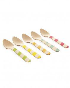 Wooden Ice Cream Spoons - cute party idea